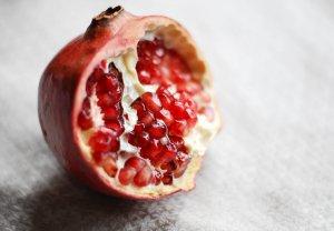pomegranate allergy test