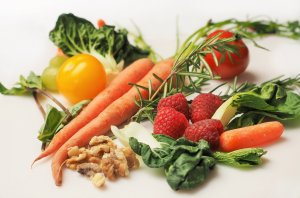 vegetables 1085063 1920 300x198 - Your New Years Diet Failed Again? Here's Why.
